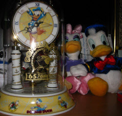 Donald Duck Clock